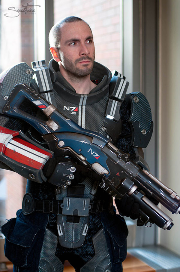 Mass Effect Cosplay: 11