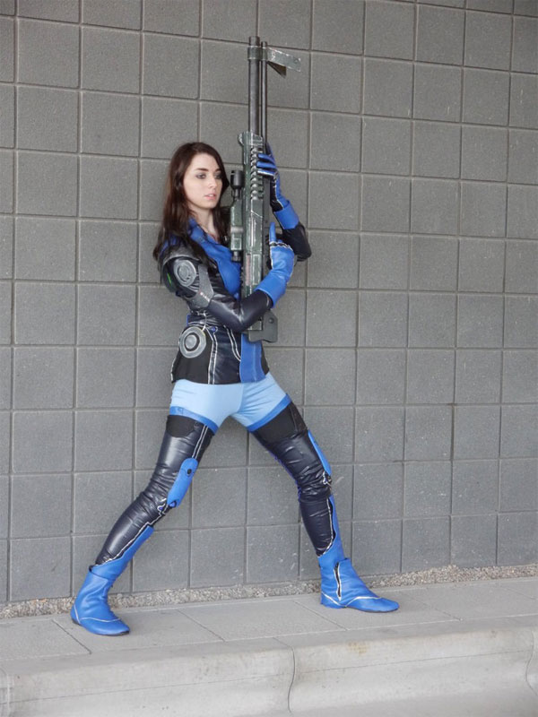 Mass Effect Cosplay: 18