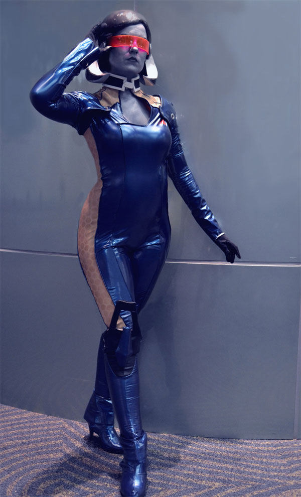 Mass Effect Cosplay: 21