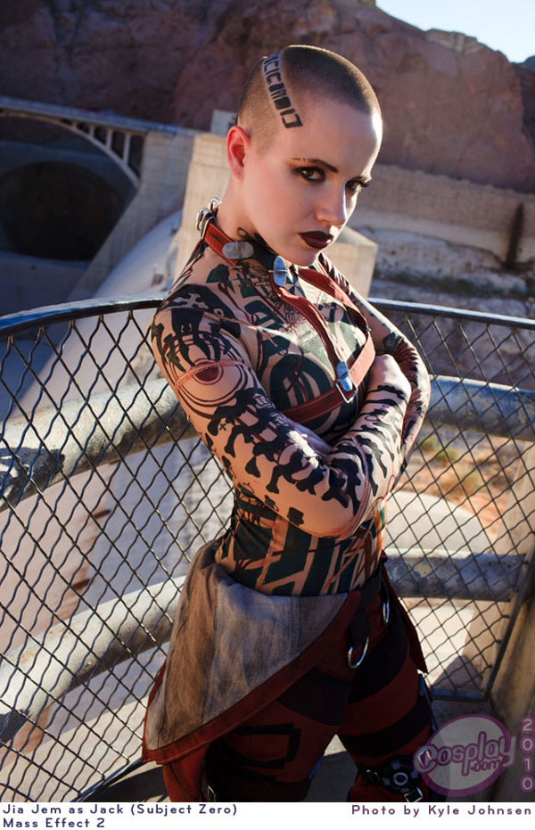 Mass Effect Cosplay: 6