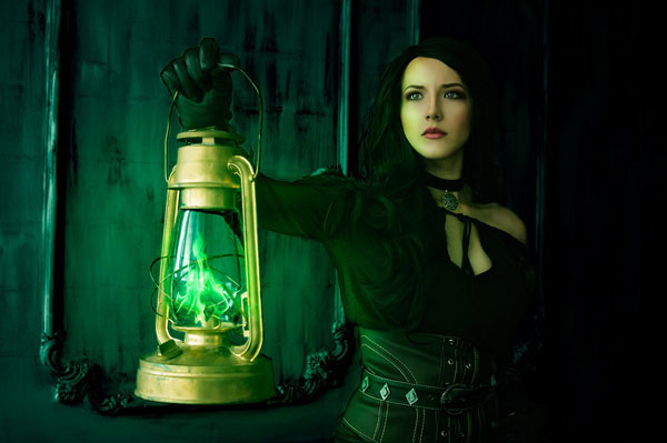 Yennefer: The Witcher Cosplay 6